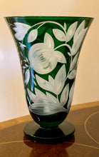 Load image into Gallery viewer, Verdure Etched Stemless Goblet - British Racer Green