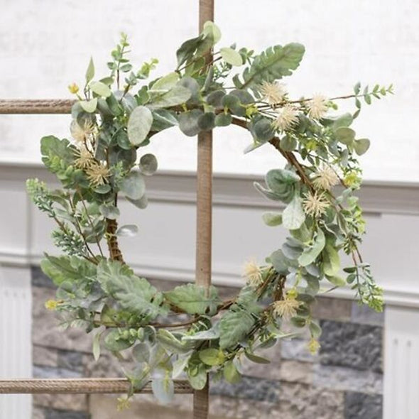 Aberdeen Sea Holly Wreath - 20""