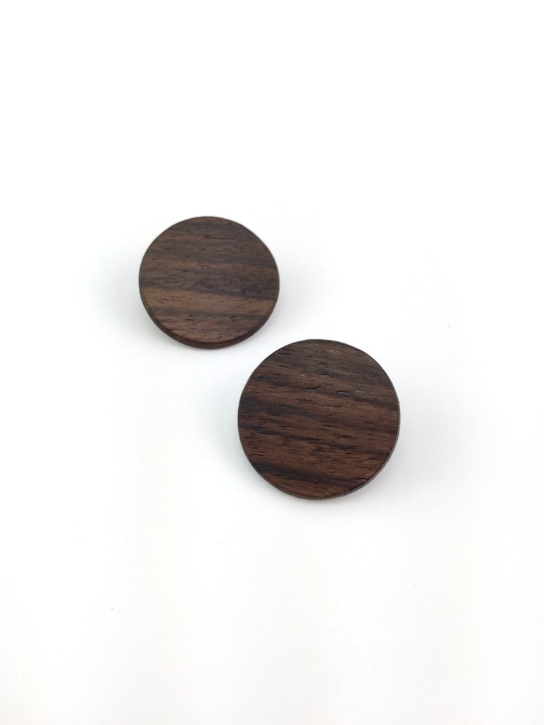 Round disc earrings