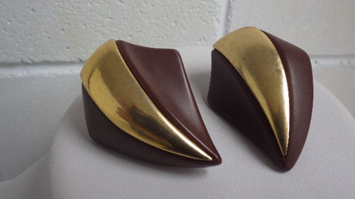 VINTAGE NAPIER CHUNKY DESIGNER CLIP ON EARRINGS