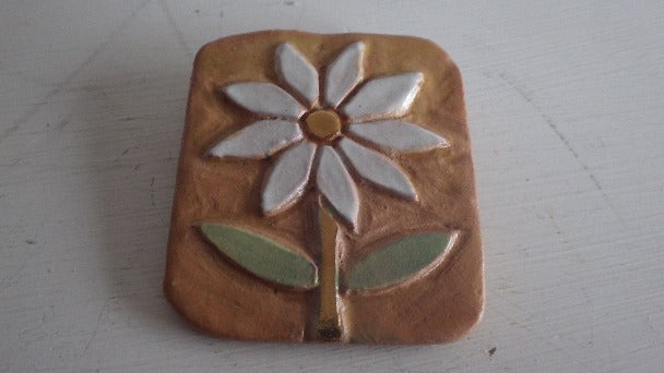 FUNKY FLOWER CLAY BROOCH CANADIAN DESIGNER 1978