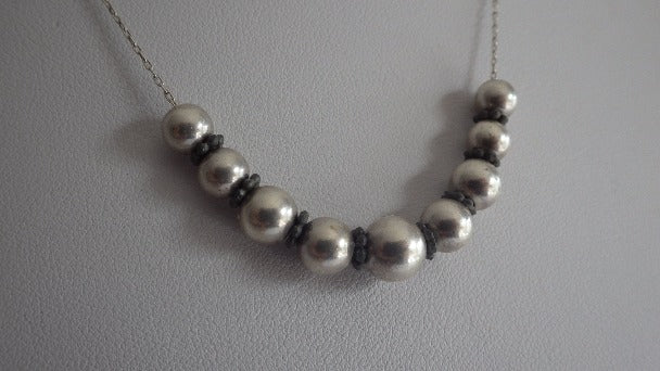 VINTAGE MODERNIST STERLING SILVER UNIQUE BALL NECKLACE & CHAIN