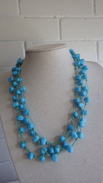 TRIPLE STRAND TIED BLUE GLASS NECKLACE