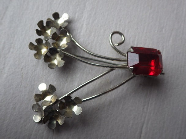 STERLING SILVER FLOWER RED RHINESTONE  BROOCH SIGNED VJ