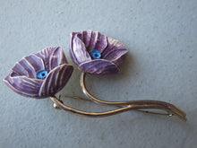 Load image into Gallery viewer,  MAUVE DESIGNER FLOWER BROOCH SIGNED