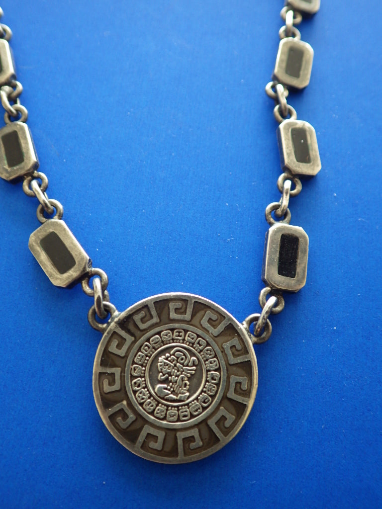Sterling Silver Mexico Signed MD-12 Onox Inlay Mayan Calendar Pendant Necklace