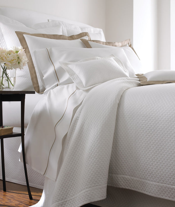 Firenze White Coverlet Queen