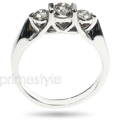 Stunning  Round  Diamond  Three  Stone  Ring  MDL#15320