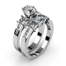 Load image into Gallery viewer, 2.30-3.45 CT Princess Cut Diamonds - Bridal Set