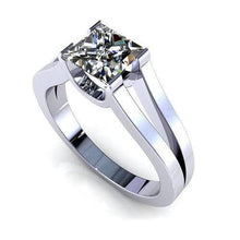 Load image into Gallery viewer, 0.35-1.50 CT Princess Cut Diamonds - Solitaire Ring