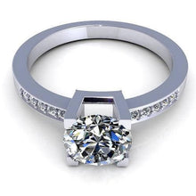 Load image into Gallery viewer, 0.45-1.60 CT Round Cut Diamonds - Engagement Ring