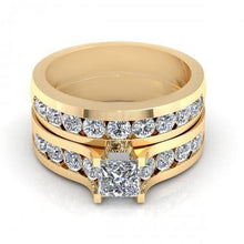 Load image into Gallery viewer, Bridal Sets 2.15-3.30CT Round & Princess Cut Diamonds