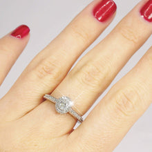 Load image into Gallery viewer, 0.65-1.80 CT Round & Oval Cut Diamonds - Engagement Ring
