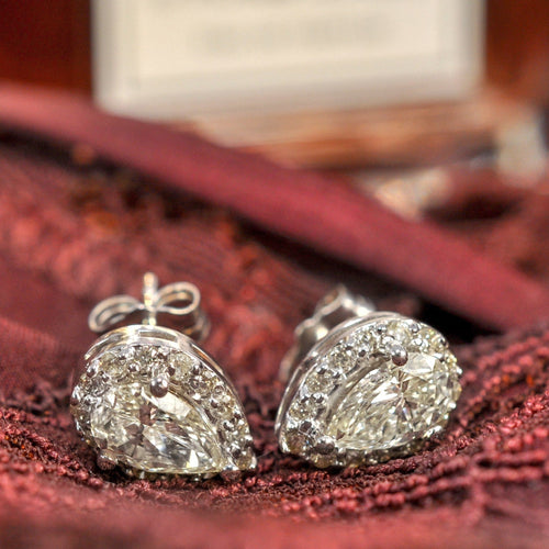 0.37 CT Round & Pear Cut Diamonds - Stud Earrings