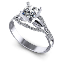 Load image into Gallery viewer, Incredible of Exclusive Round & Princess Diamond Engagement Ring MDL#103788