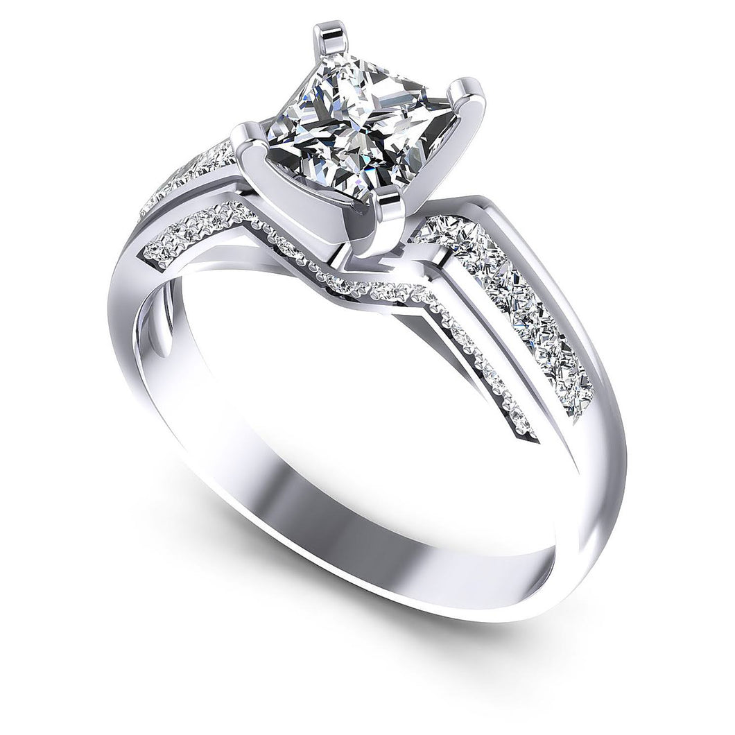 Affordable  Round  &  Princess  Diamond  Engagement  Ring  MDL#110427