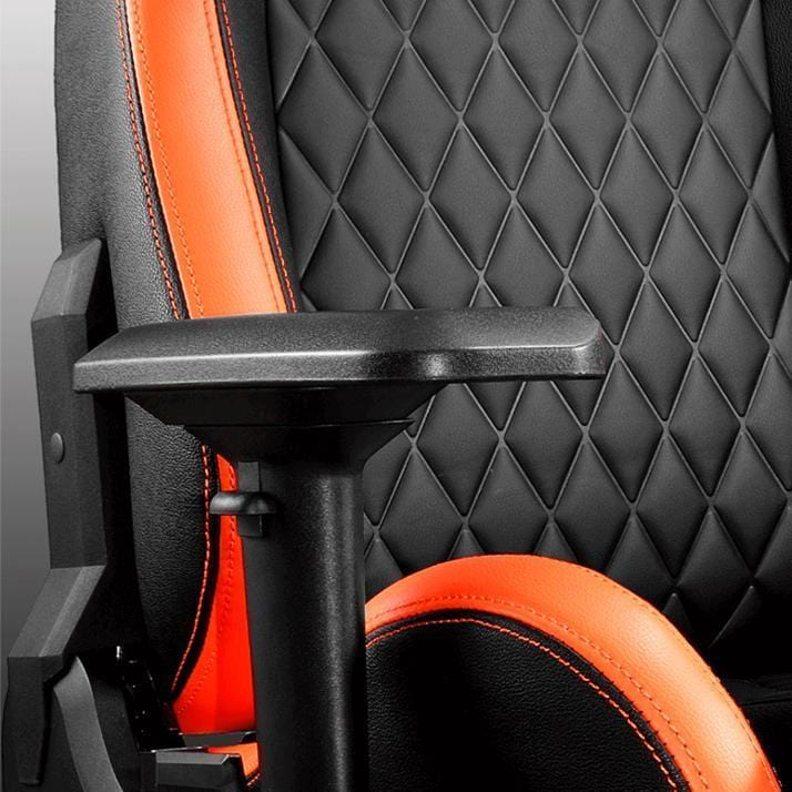 Cougar Armor S - Checkered Backseat