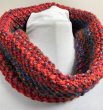 Load image into Gallery viewer, Chunky Hand Spun Hand Knit Cowl
