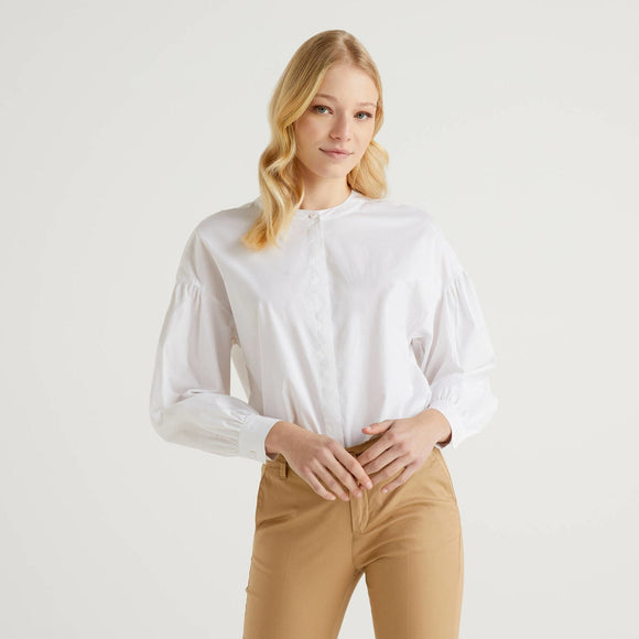 White Blouse in Stretch Cotton with Puff Sleeve