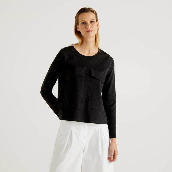 Black Sweatshirt with Maxi Pockets Benetton Ladies Fashion