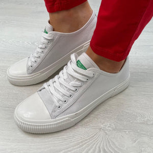 White Lace up Sneaker