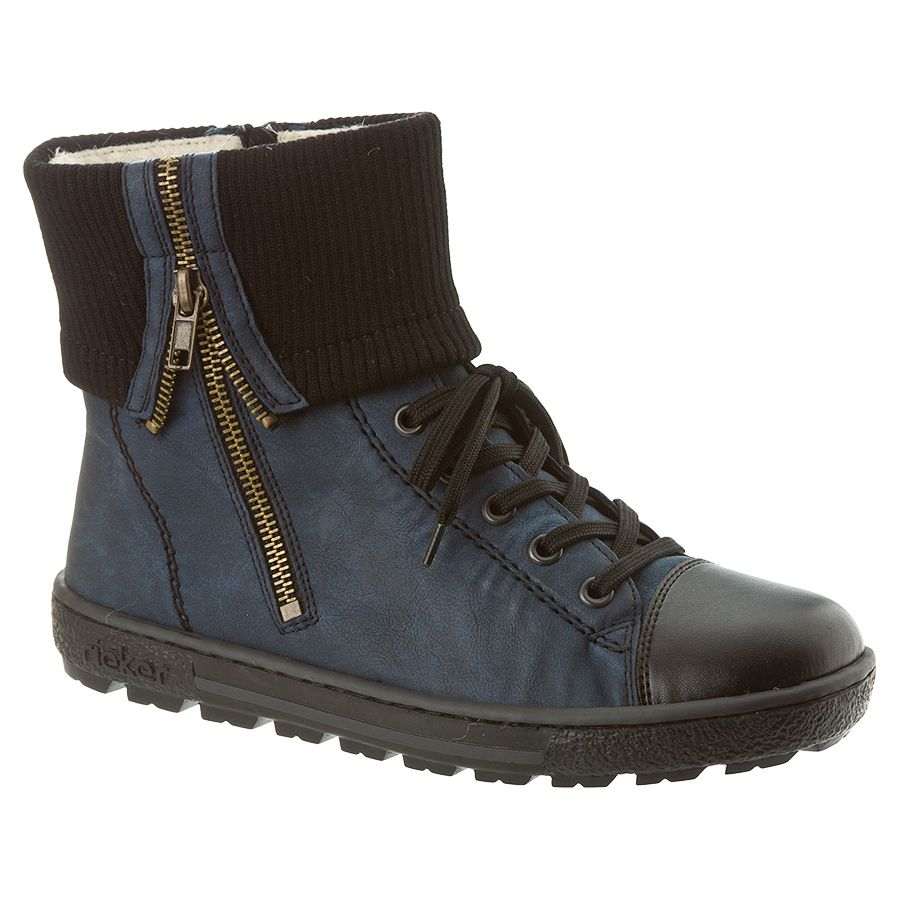 Upper Material: Synthetic