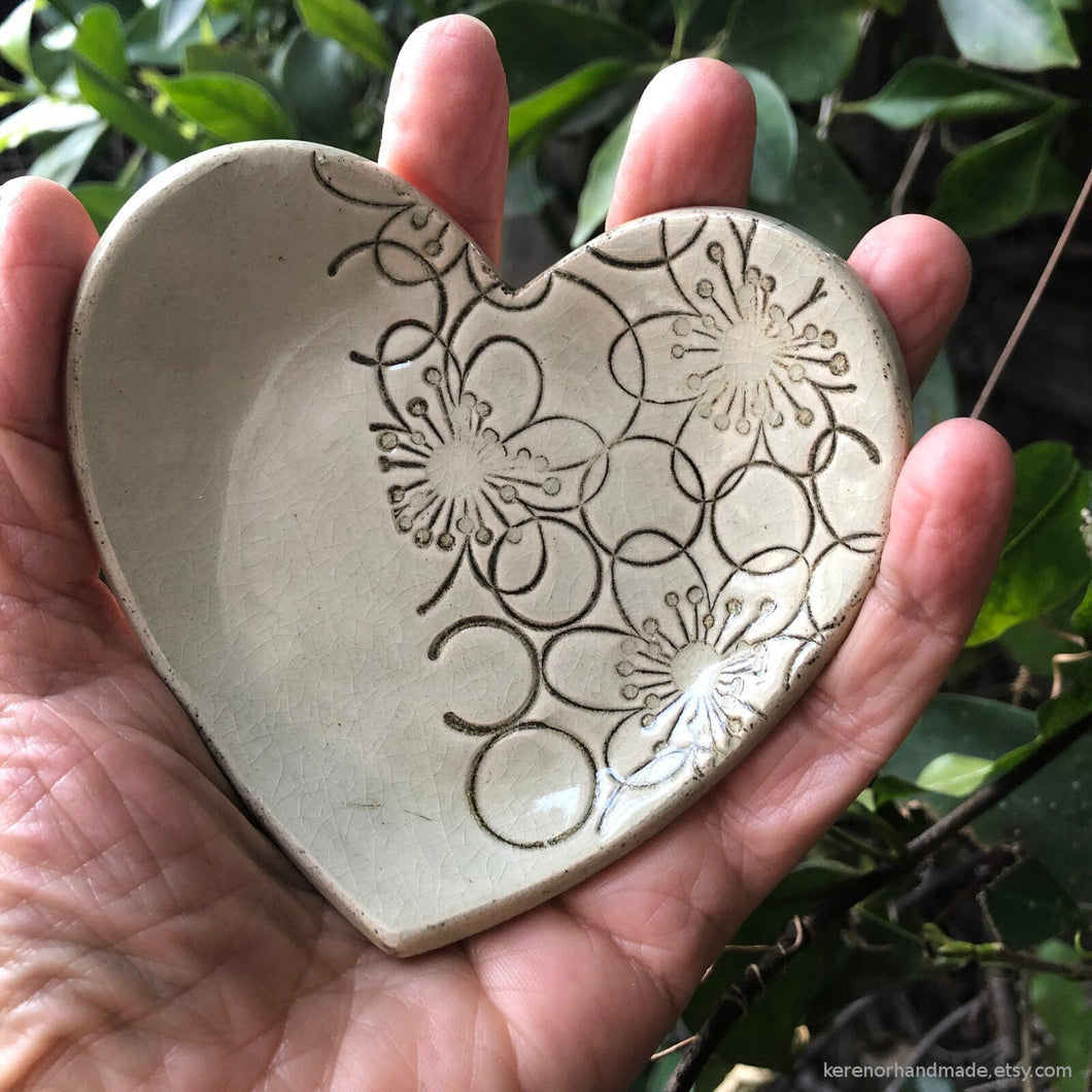 Heart shaped ring dish, heart shaped ring holder, ceramic heart ring dish, ceramic teabag holder, circle decor, ceramic candle holder