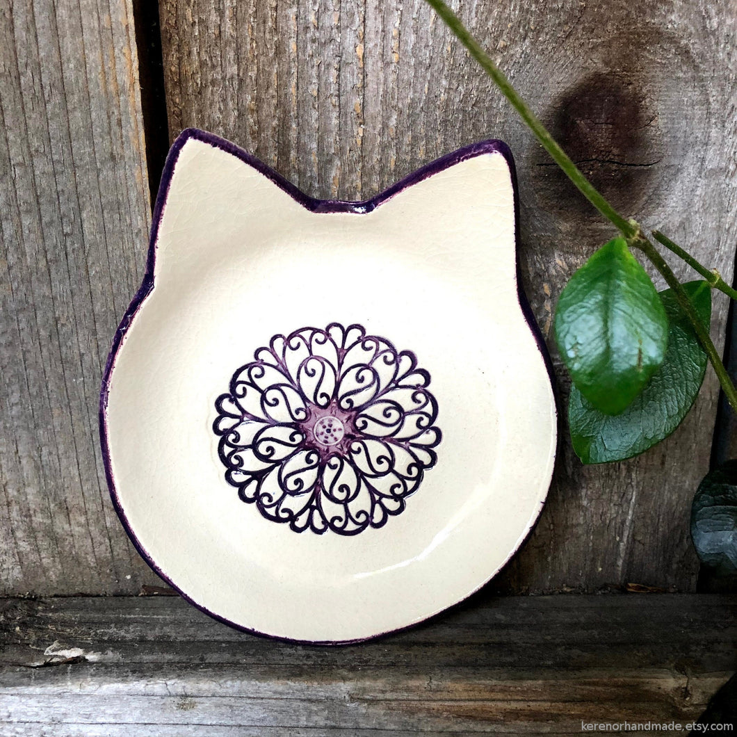 Ceramic cat shaped dish, cat shaped ring dish, cat lover gift, cat decor, color pop dish, teabag holder, tealight holder, graduation gift