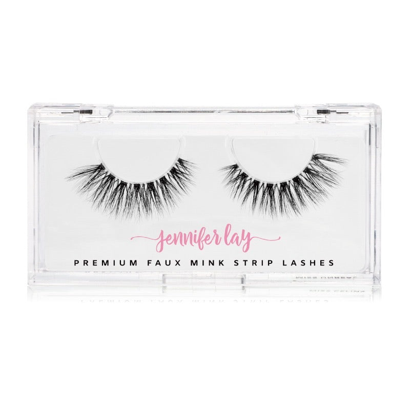 MISS SALINAS LASHES