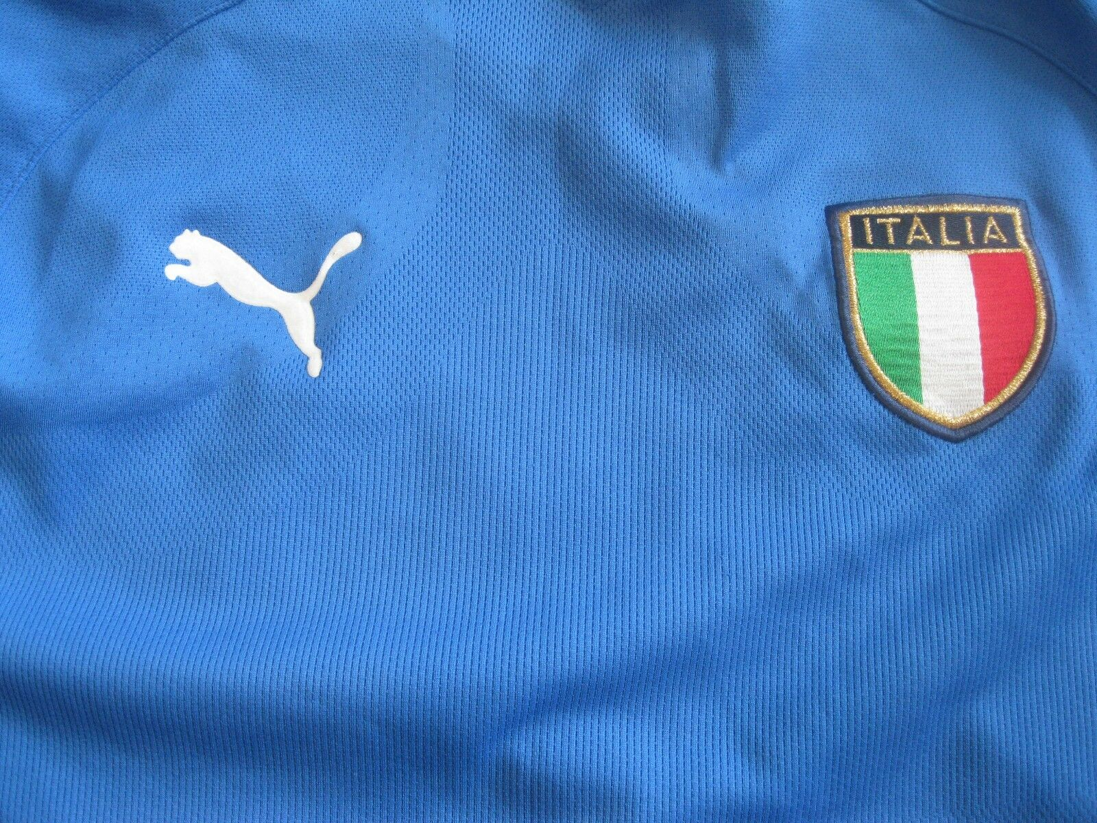 Italy national team 2003/2004 home Size M Puma jersey