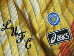 "Load image into Gallery viewer, VTG Leeds United 1995/1996 Goalkeeper Size 38"" Asics shorts"