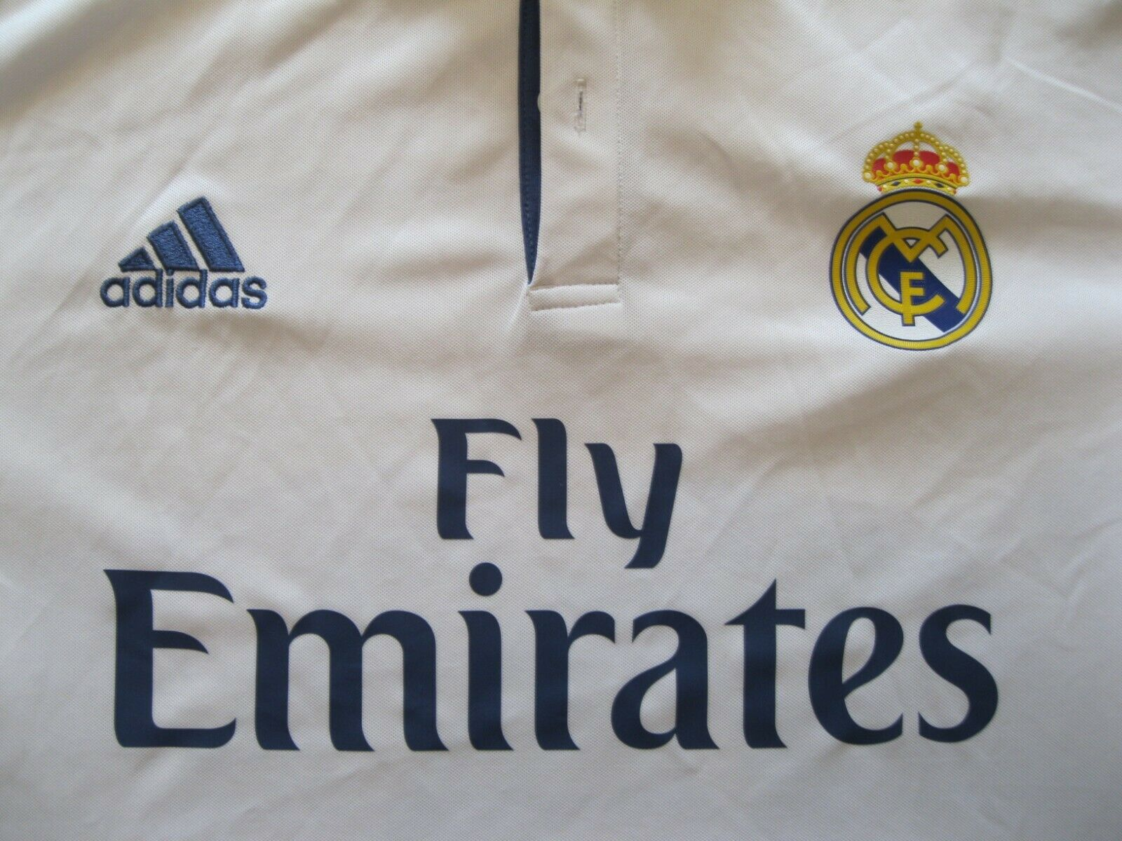 Real Madrid 2016/2017 home Size XL Adidas AI5184  jersey long sleeve