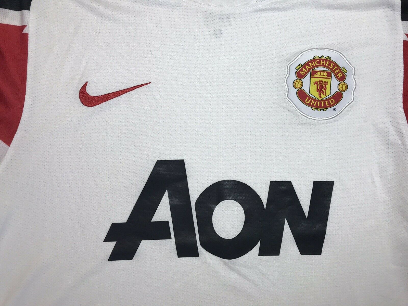 Manchester United 2010/2011 Away Size M Nike 382997-105 jersey