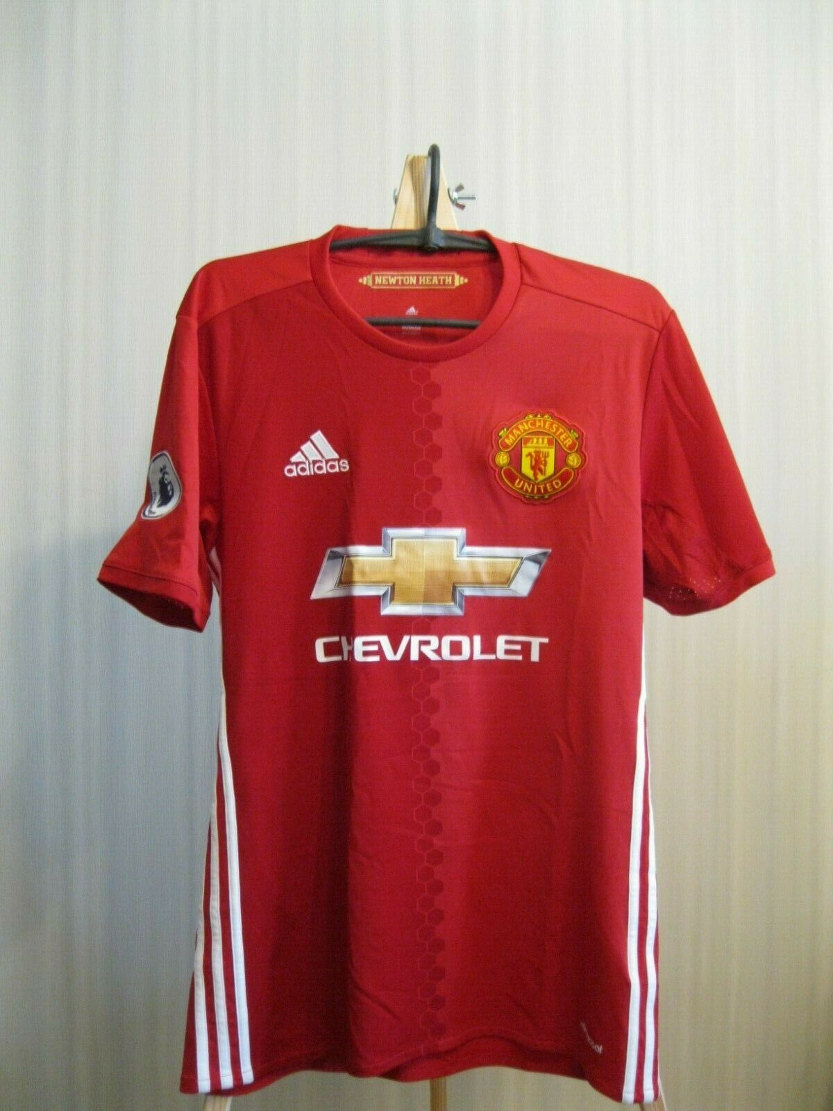 Manchester United #6 Pogba 2016/2017 Home Size S Adidas AI6720 jersey