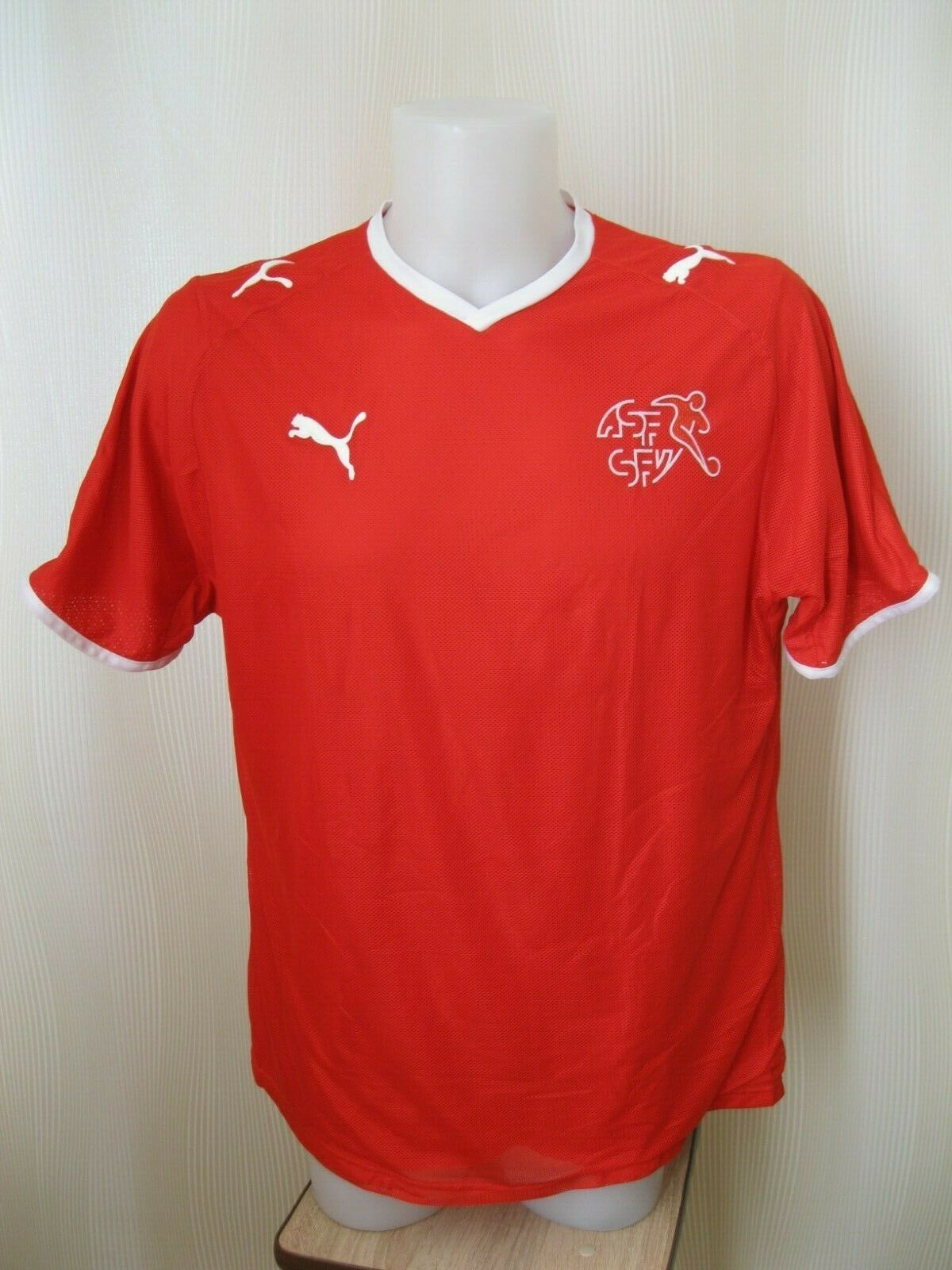 Switzerland team 2008/2009/2010 Home Size L Puma jersey