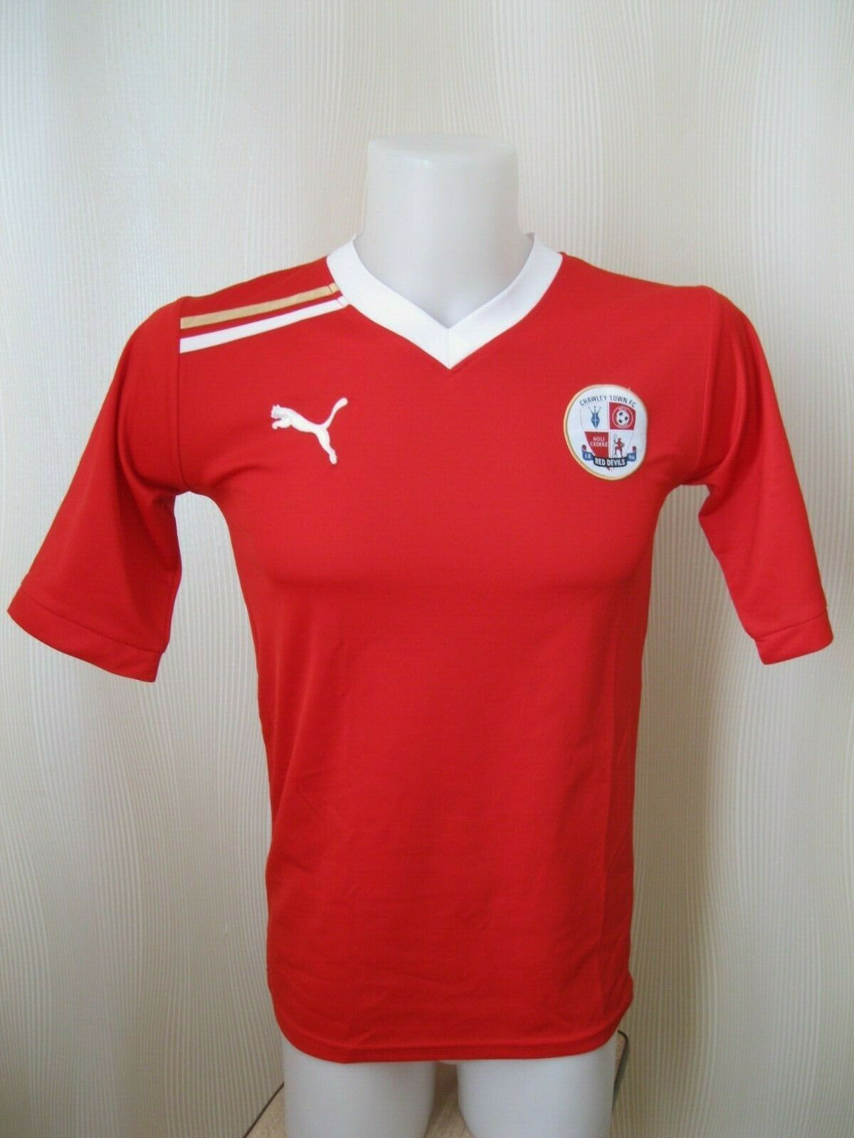 Crawley Town #3 2011/2012 Home Size S Puma jersey