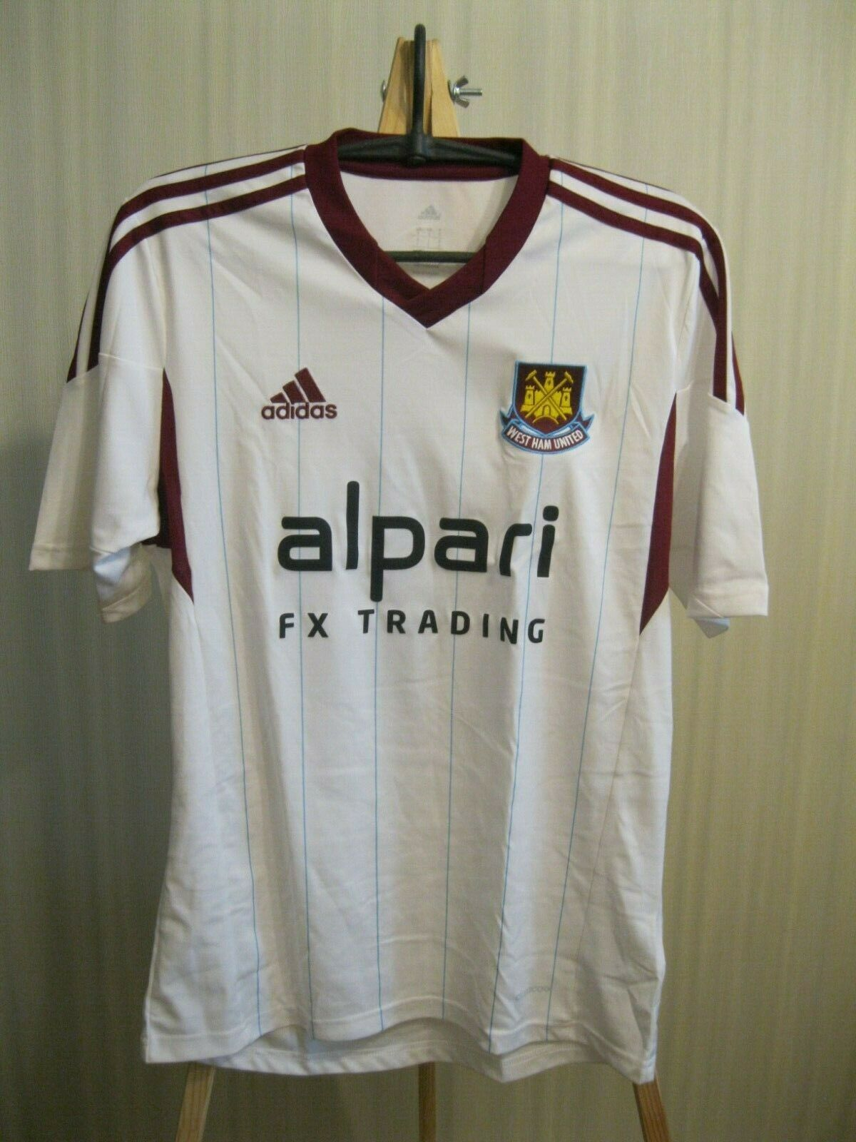 West Ham United #16 2013/2014 Away Size S Adidas F42578 jersey