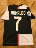 Load image into Gallery viewer, KIDS Juventus #7 Ronaldo 2019/2020 home Boys S Adidas DW5453 jersey