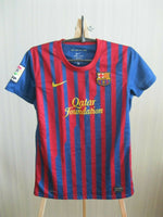 Load image into Gallery viewer, Ladies FC Barcelona 2011/2012 home Size S Nike 419911-486 jersey