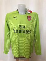 Load image into Gallery viewer, AUTHENTIC Arsenal London 2014/2015 Goalkeeper Size XL Puma 746377 jersey