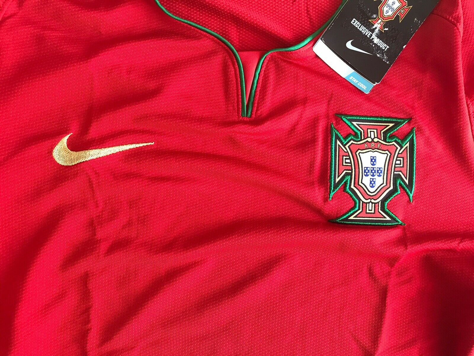 Portugal team 2008/2009/2010 home Size L Nike 265759-611 jersey
