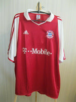 Load image into Gallery viewer, Bayern Munich #3 Lizarazu 2004/2005 Home Size 2XL Adidas ASR001/05 jersey