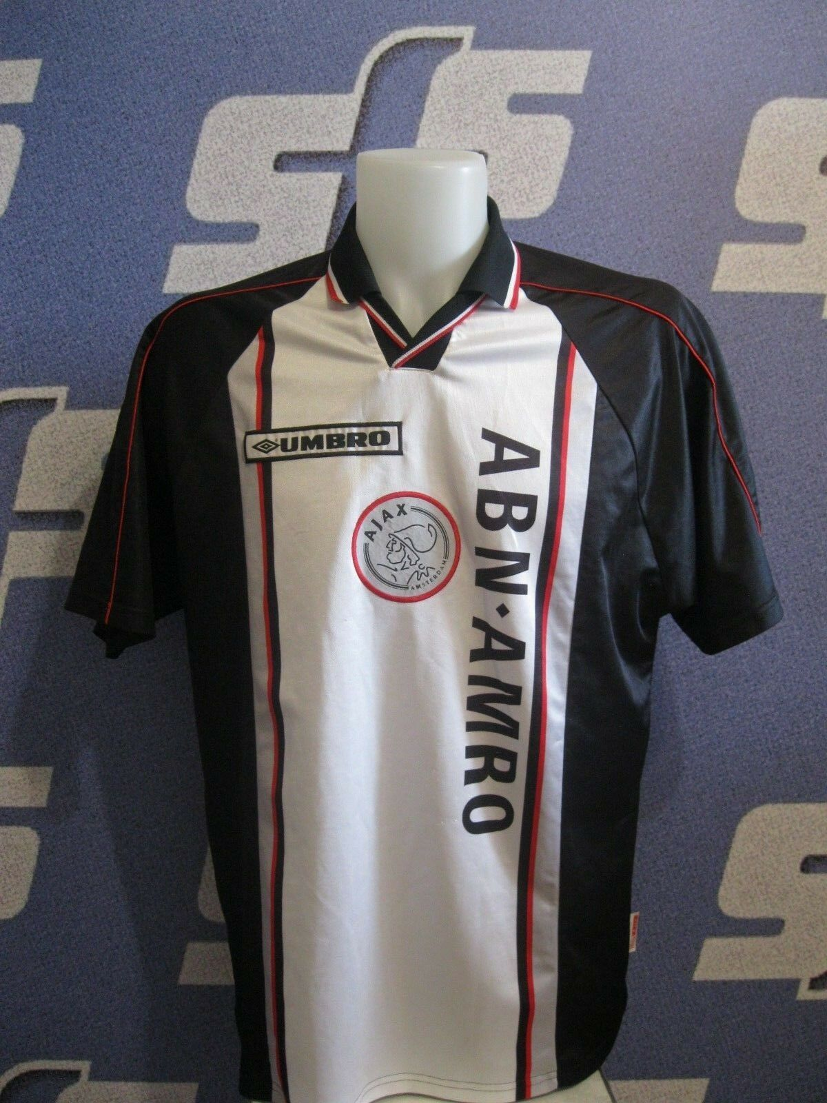 Ajax Amsterdam 1998/1999 away Size 2XL Umbro jersey