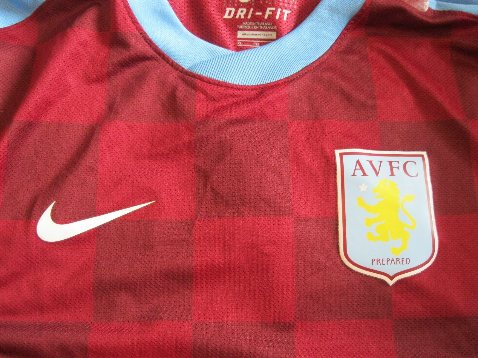AUTHENTIC Aston Villa 2011/2012 home Size XL PLAYER ISSUE Nike jersey