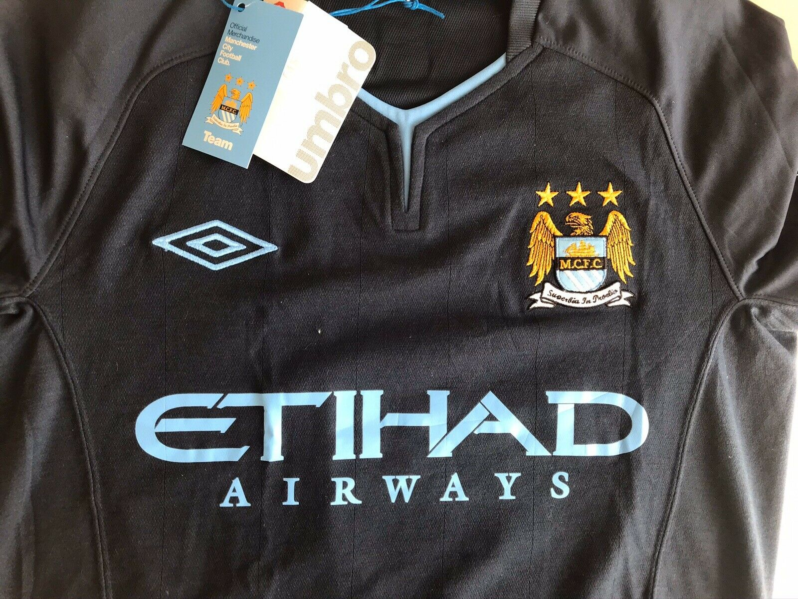 Manchester City #88 2010/2011 Away Size 36 Umbro jersey