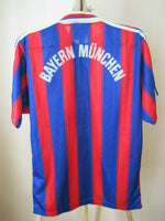 Load image into Gallery viewer, FC Bayern Munich 1995/1996/1997 Home Size S Adidas jersey
