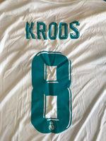 Load image into Gallery viewer, Real Madrid #8 Kroos 2017/2018 home Size L Adidas AZ8059 jersey