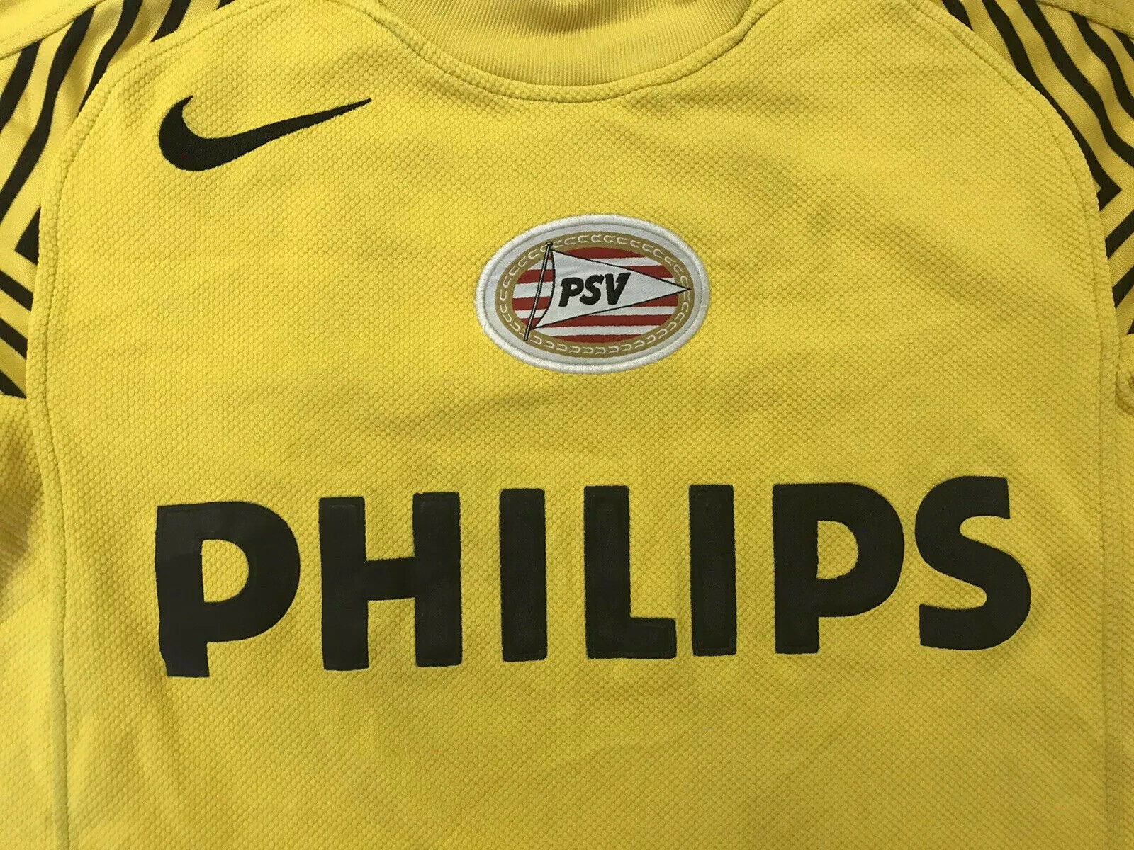 PSV Eindhoven 2005/2006 Goalkeeper Size S Nike jersey