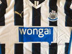 Load image into Gallery viewer, Newcastle United 2013/2014 home Size 2XL Puma 743470 jersey