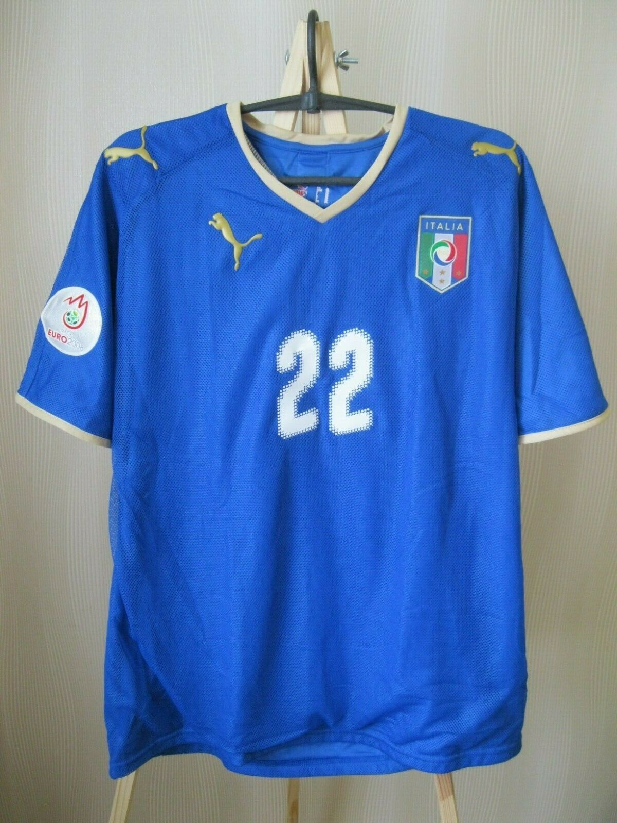 Italy team #22 Aquilani 2008/2009 home Size XL Puma jersey